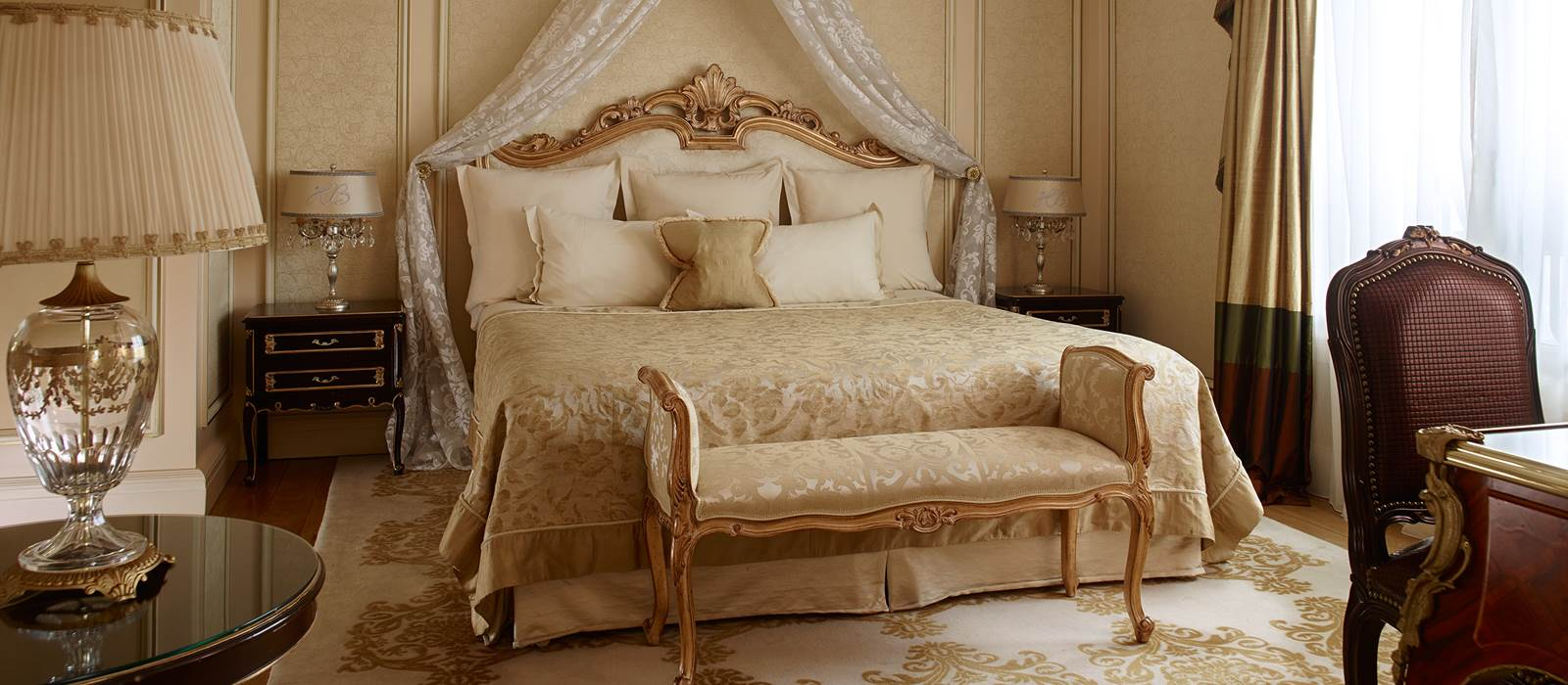 Best Images De Chambre A Coucher Royal Ideas Lalawgroup